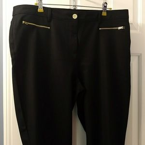 Chicos size 3 ANKLE pants